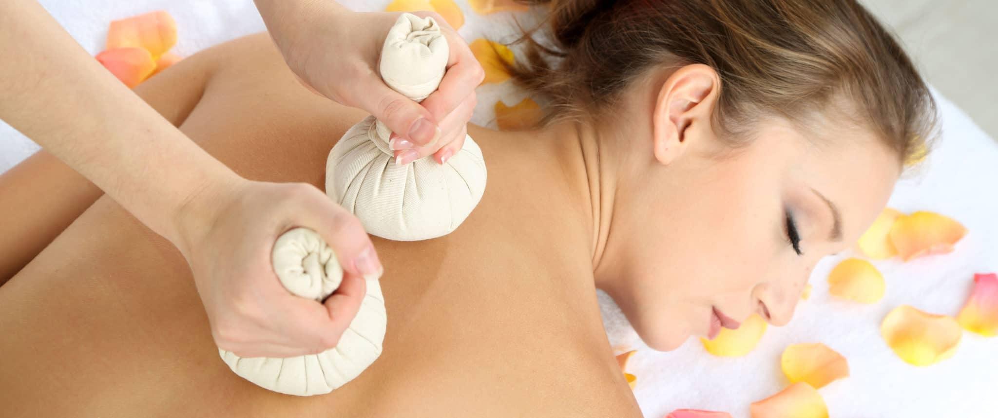 Bylinná thajská masáž